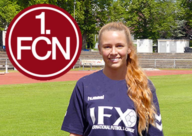 1.FCN-Women-team-player