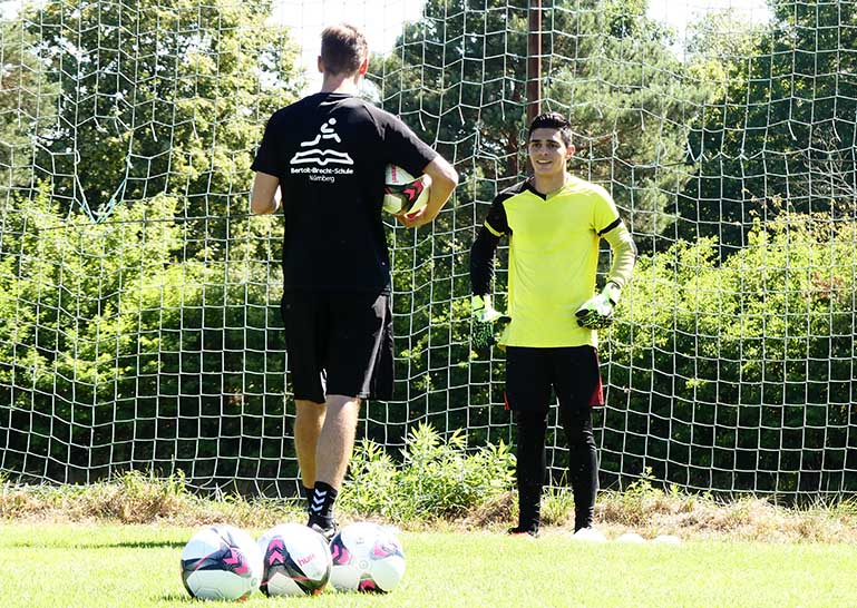 Goalkeeper-drills